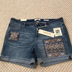 NWT Vintage America jean cuffed shorts with detail